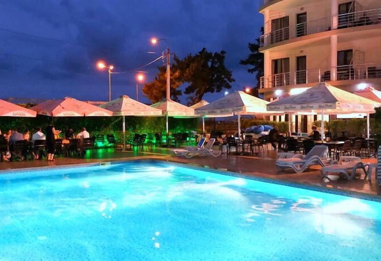 Kobuleti Pearl Of Sea Hotel & Spa, Kobuleti, Útilaug
