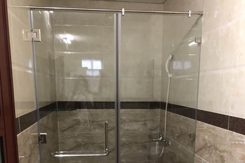 חדר משפחתי (D600) - חדר רחצה