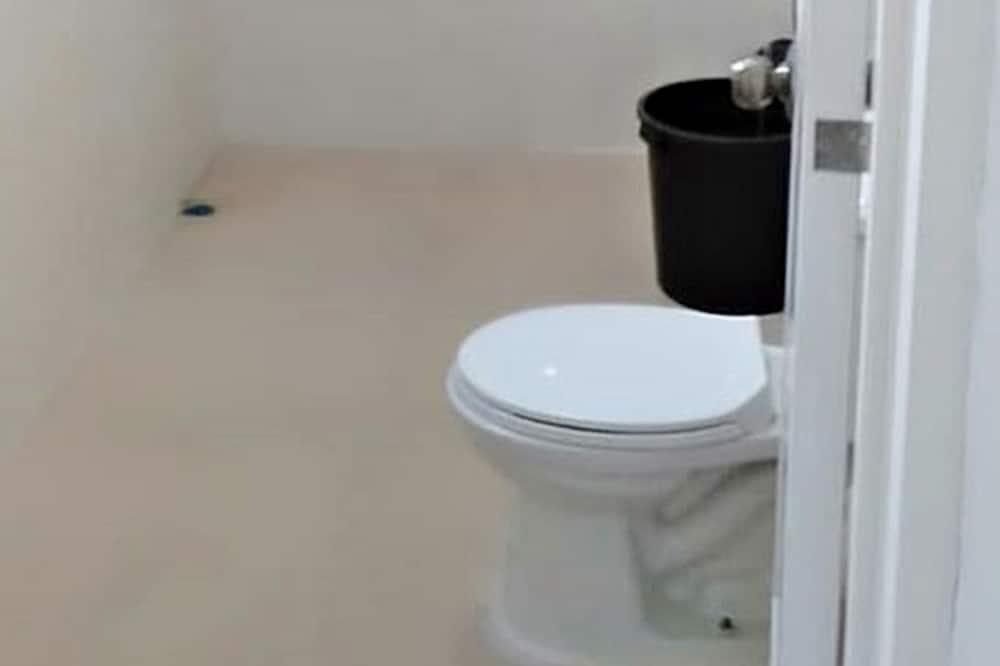 Family Room (Aircon) - Bilik mandi
