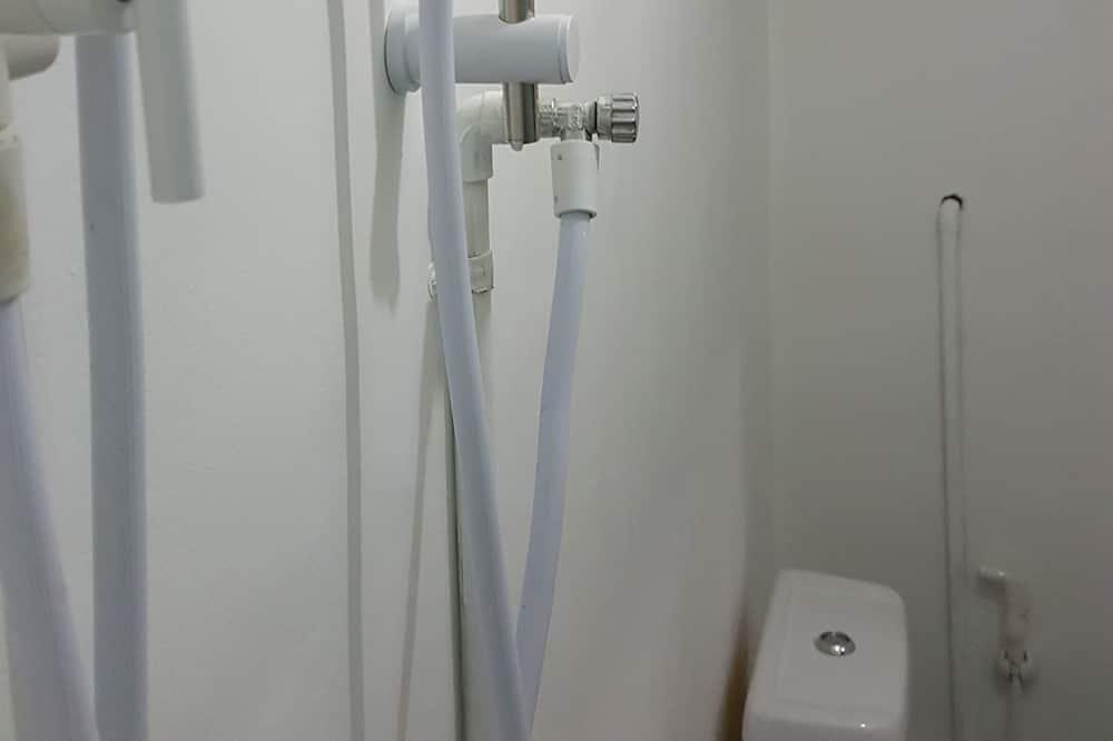 Ortak Ranzalı Oda, Karma Ranzalı Oda (6 beds) - Banyo