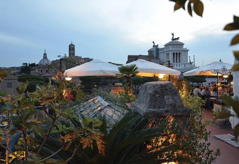 Residenza Maritti Classic Rooms, Rome, Terrace/Patio