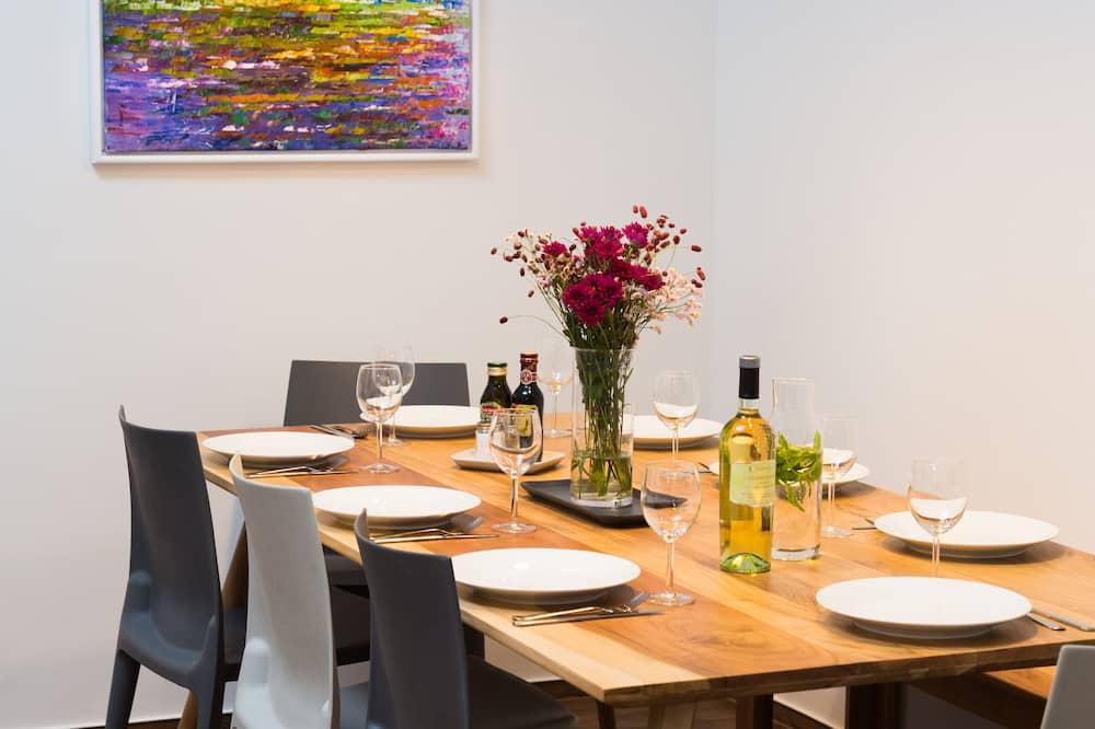 Apartemen Desain - Tempat Makan Di Kamar