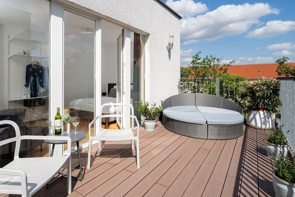 Penthouse with Terrace - Balcony