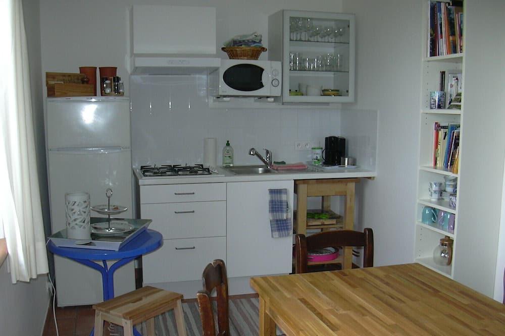 Triple Room (Château) - Shared kitchen facilities
