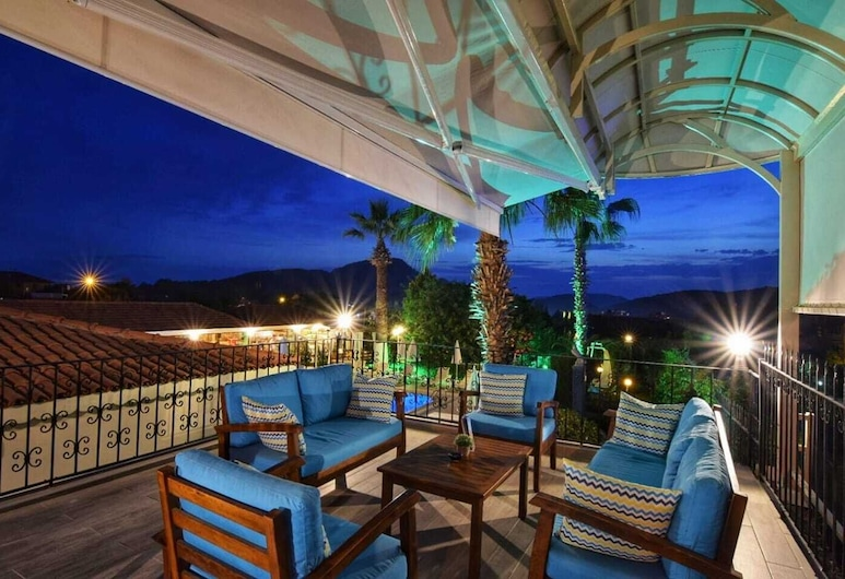 Olympos Hotel - Adults Only, Fethiye, Terrace/Patio