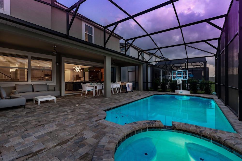 House, Multiple Beds (SR013V: 9 Bed, Avengers, Frozen, Ping) - Pool