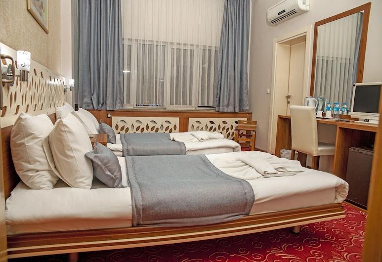 TULPAR PALAS HOTEL, Eskisehir, Standard Triple Room, Guest Room