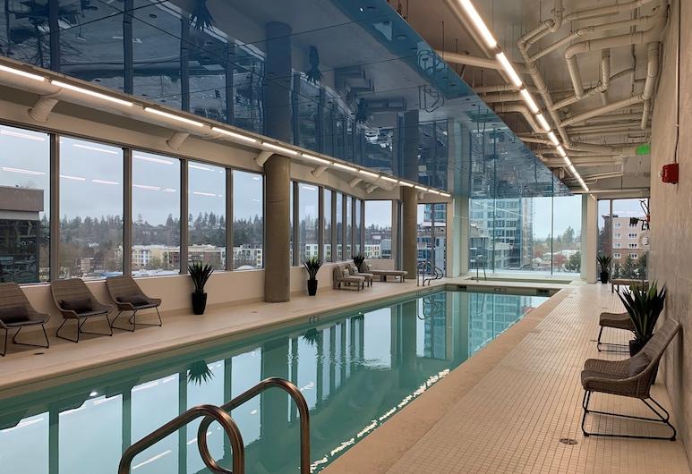 Domicile Suites at Soma Towers, Bellevue, Innenpool
