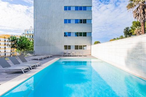 豪華海灘公寓飯店
