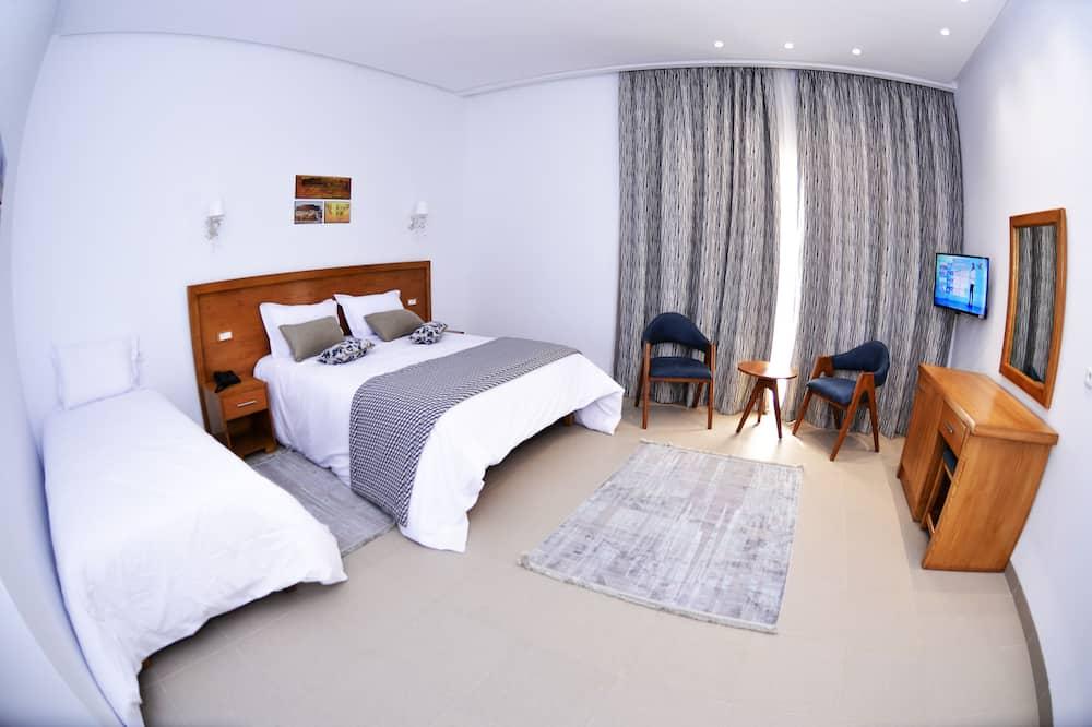Luxury - kolmen hengen huone - Pääkuva