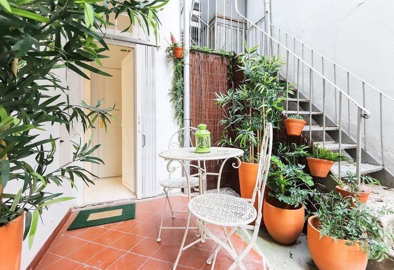 Marquês de Pombal Typical by Homing, Lisbon, Apartment, 2 Bedrooms, Terrace/Patio