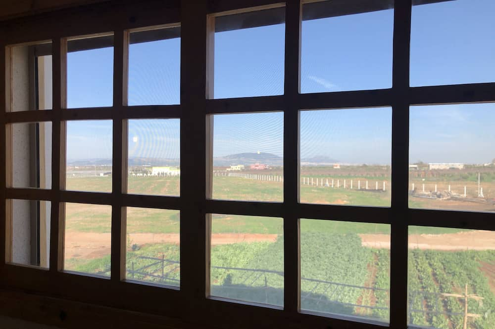 Chambre Double Standard, 1 très grand lit, non-fumeurs, vue montagne - Vue depuis la chambre