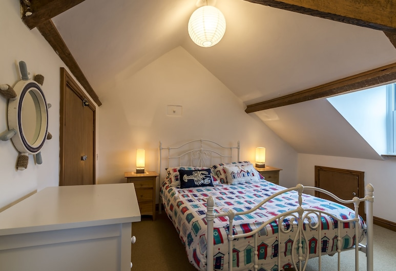 Shell Cottage 2 Bedroom Holiday, Tenby, Traditional-Haus, Zimmer