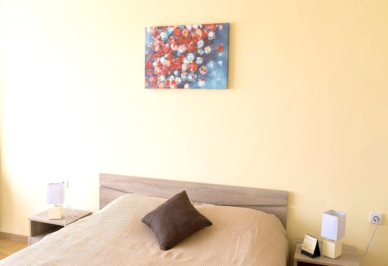 Apartment With one Bedroom in Varna, With Balcony and Wifi, Varna, Room