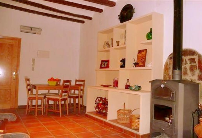 Apartment With one Bedroom in Tolva, With Furnished Terrace and Wifi, Tolva