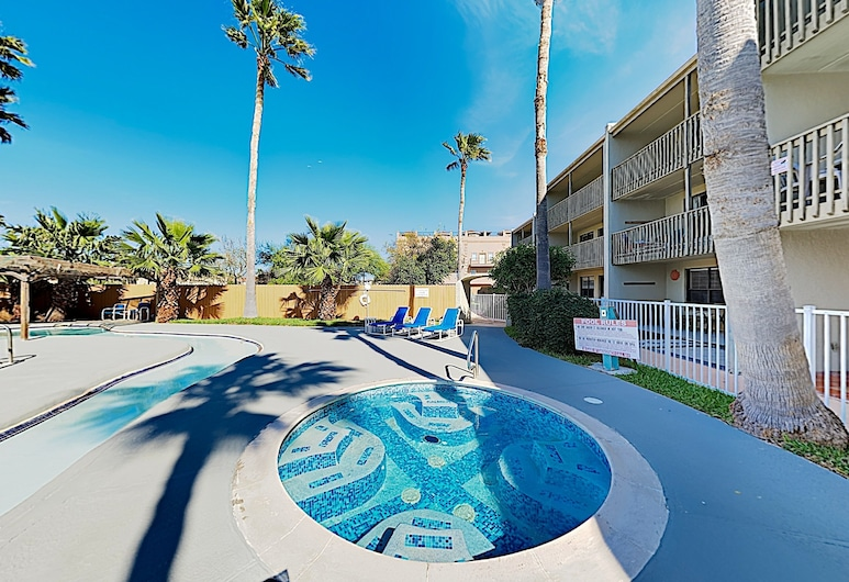 New Listing! All-suite - Pool, Walk To Waves 2 Bedroom Condo, South Padre Island, Condo, 2 Bedrooms, Pool