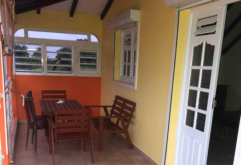 Apartment With one Bedroom in Capesterre de Marie Galante, With Furnished Balcony and Wifi, Капестер-де-Мари-Галант