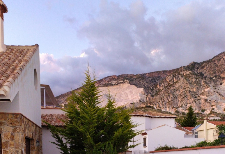 Villa With 3 Bedrooms in Dúrcal, With Wonderful Mountain View, Private Pool, Enclosed Garden - 35 km From the Slopes, Durcal, Bazén