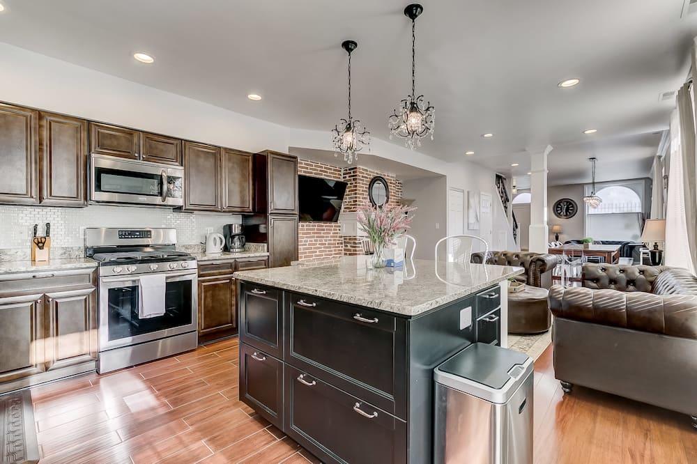 Dom (Luxury Home Steps From ConvCenter&Sta) - Vybraná fotografia