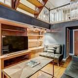 Hus (Industrial Style Home w/Rooftop Near ) - Vardagsrum