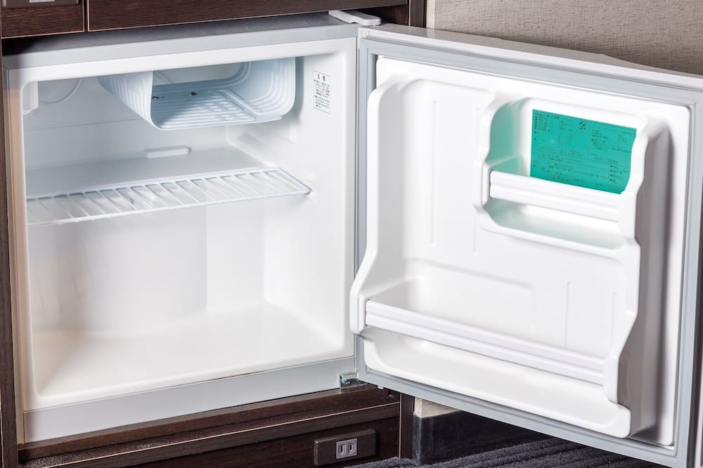 Standard Room with 1bed for 1 Person, Non Smoking - Mini Refrigerator