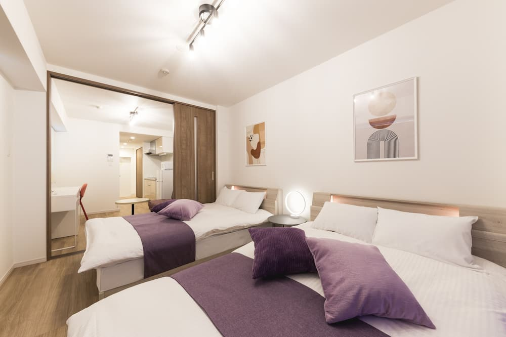 Apartment (B) - Room