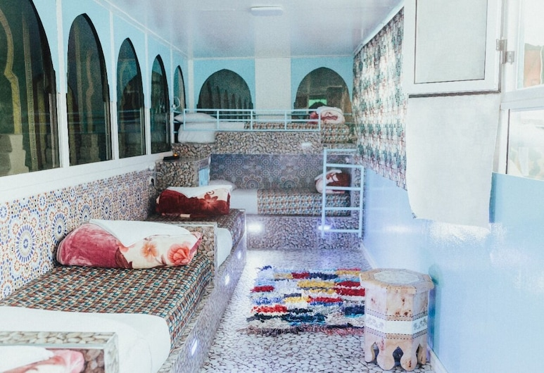 Riad Verus - Hostel - Adults Only , Fes, Yhteismajoitus (5 Beds), Vierashuone