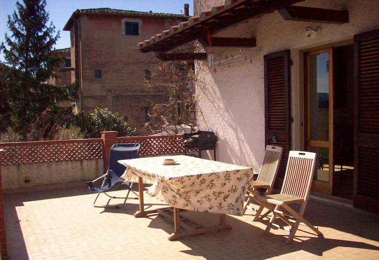 Apartment With 3 Bedrooms in Casciana Alta, With Furnished Terrace and Wifi, Casciana Terme Lari, Terrace/Patio
