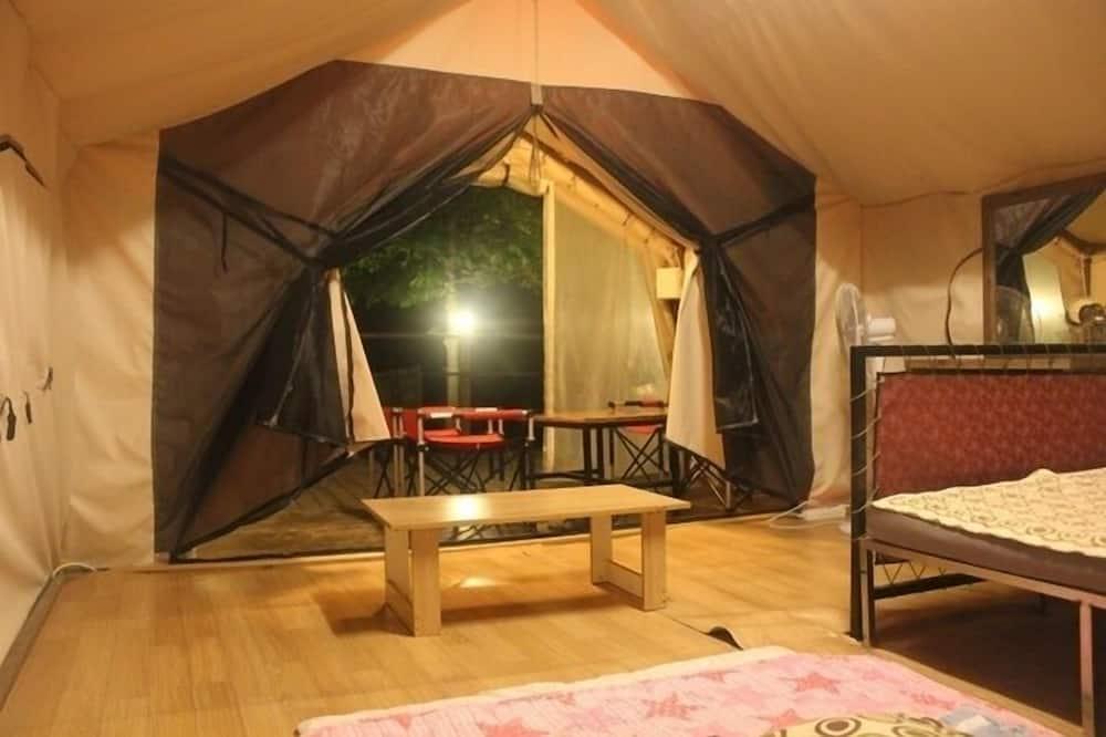 Tent (Couple) - Woonruimte