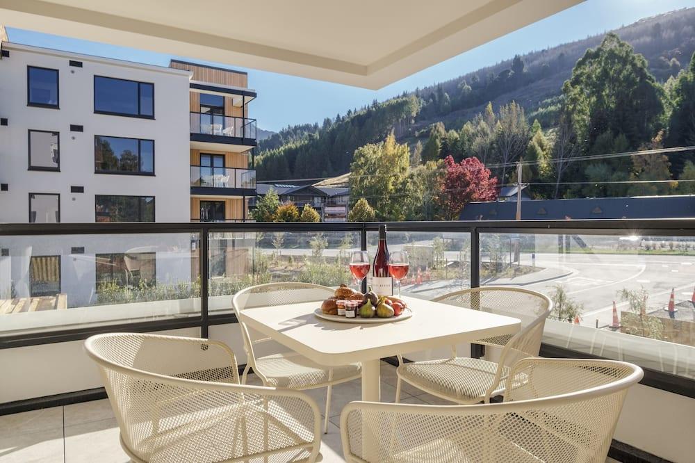 Апартаменти категорії «Superior», 2 спальні, з видом на гори, на гірському схилі - Балкон
