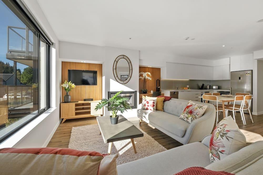 Апартаменти преміум-класу, 3 спальні, з видом на гори - Вітальня