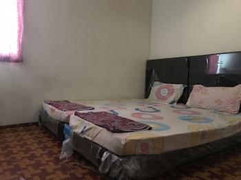 シブ、スポット オン 89793 ティオン イン ホテルの写真