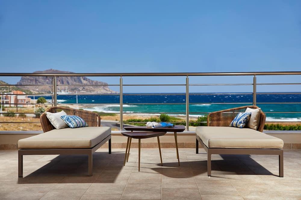 Suite estudio panorámica, 1 cama Queen size con sofá cama, con acceso para silla de ruedas - Terraza o patio