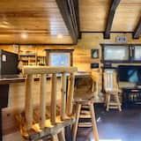 Luxury Cabin - Living Room
