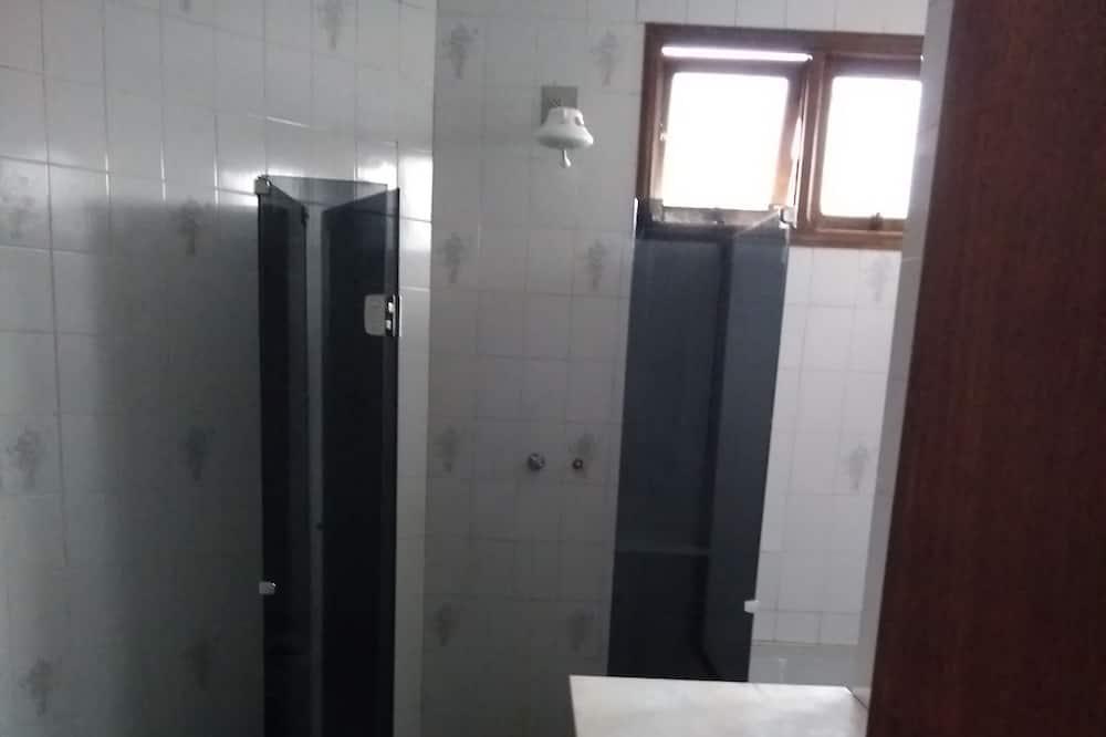 Quarto Duplo Superior - Casa de banho