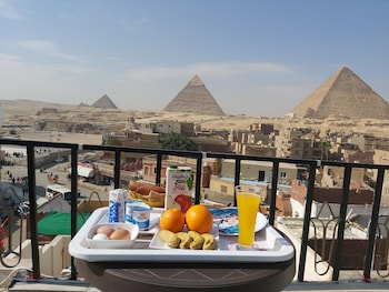 Picture of Golden Pyramids View Inn in Giza