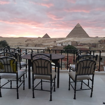 Picture of Golden Pyramids Inn in Giza