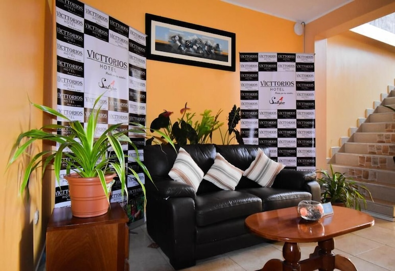 Hotel Victtorios Suite, Satipo, Lobby Sitting Area