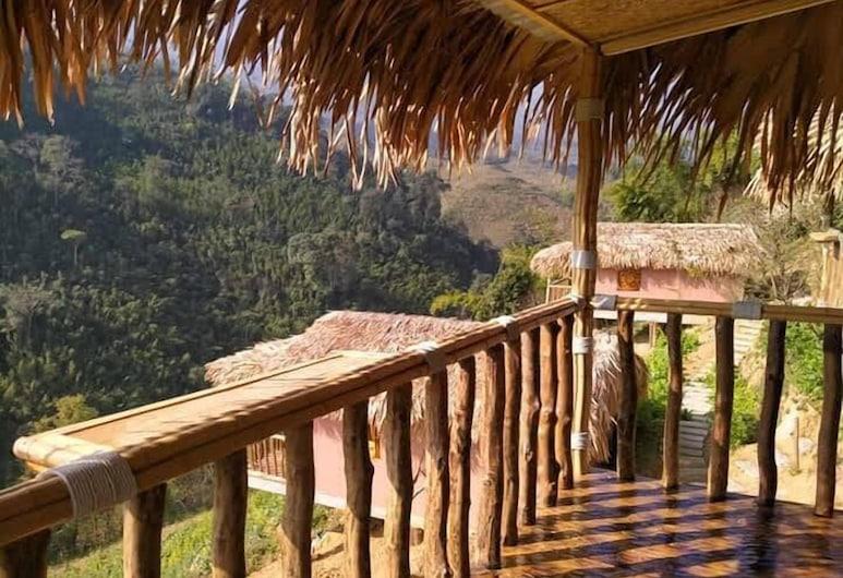 Chapa Farmstay - Mountain Retreat, Sa Pa, Family Bungalow, Connecting Rooms, Balcony