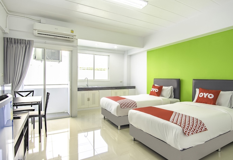 OYO 601 C W Mansion Phuket, Wichit, Deluxe Twin Room, Guest Room