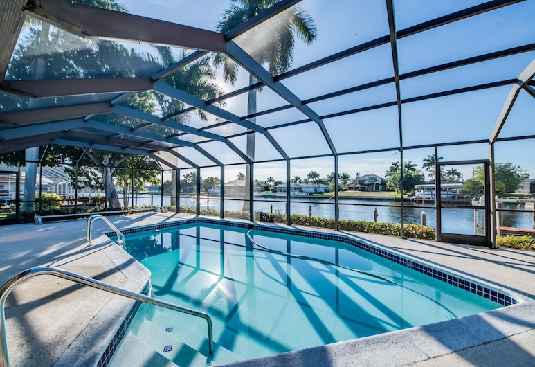 Villa Geanie - Roelens Vacations, Cape Coral, Pool