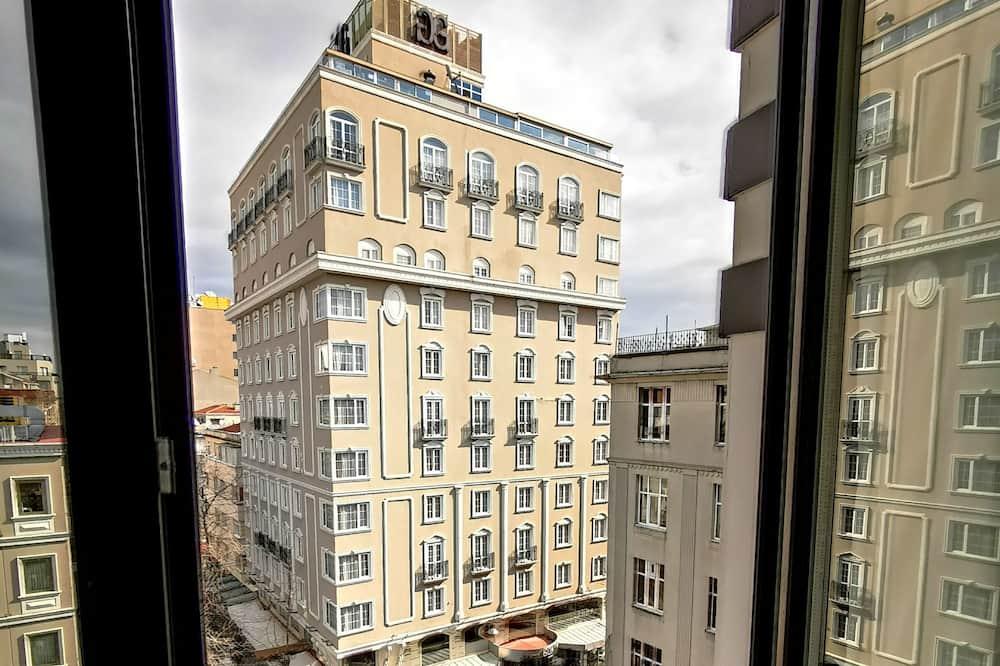 Comfort Studio - City View