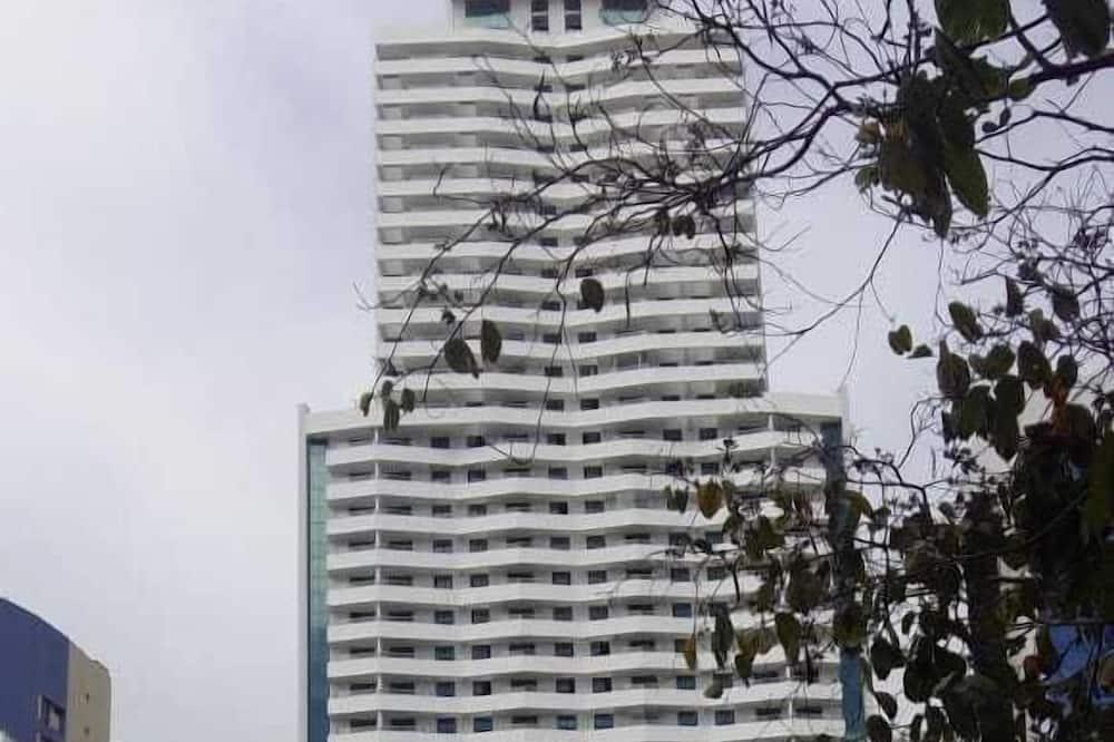 Quarto e Sala Particular em Aparthotel