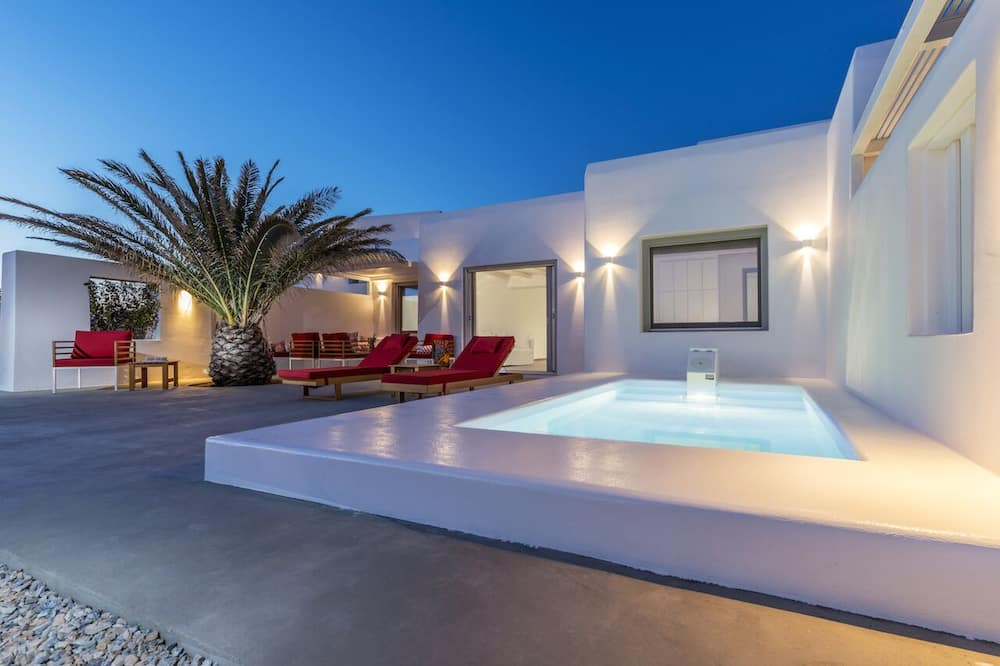 Bespoke Suite Sea View with Private Pool - מרפסת/פטיו