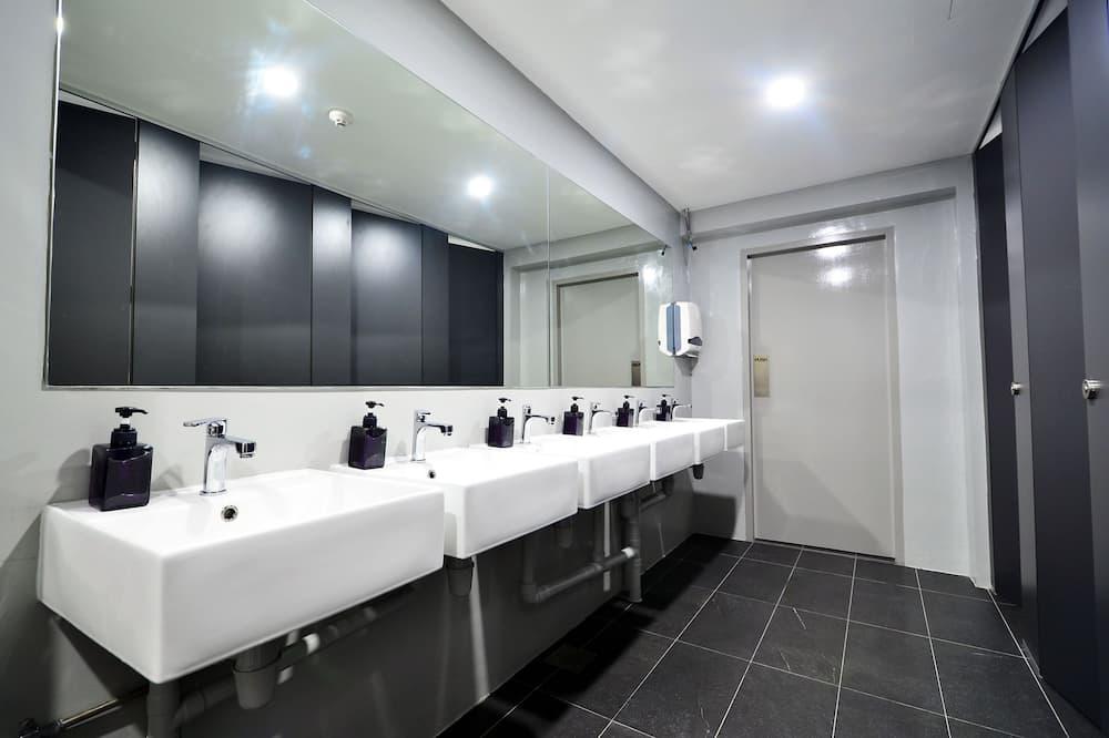 ห้องพัก (Private Room) - ห้องน้ำ