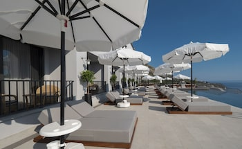 Picture of Vivid Blue Serenity Resort in Petrovac