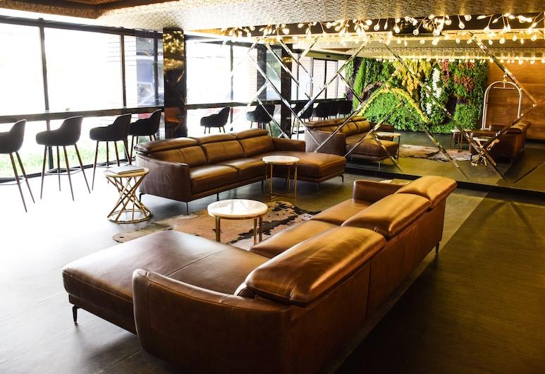TRYP by Wyndham Santa Cruz, Santa Cruz, Sala de estar en el lobby