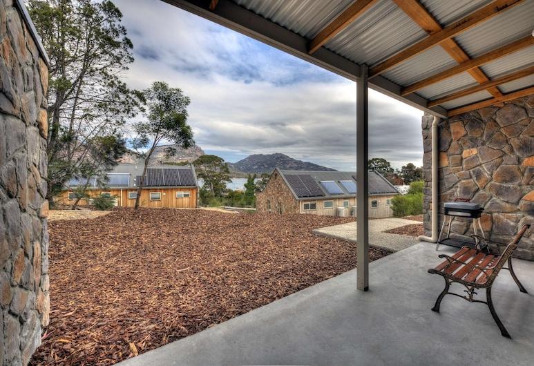 Freycinet Stone Studio 7, Coles Bay, Terrace/Patio