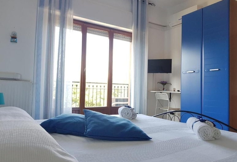 B&B Trapani Mare, Trapani, Double Room, Shared Bathroom (Maestrale), Guest Room