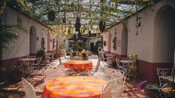 Foto van Hotel Media Luna. in Tlaquepaque